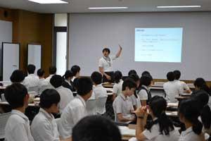 中学_納税教室の様子1